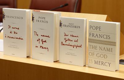 POPE BOOK PRESENTATION